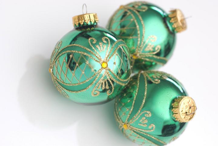 Photo of Green Christmas Balls | Free christmas images