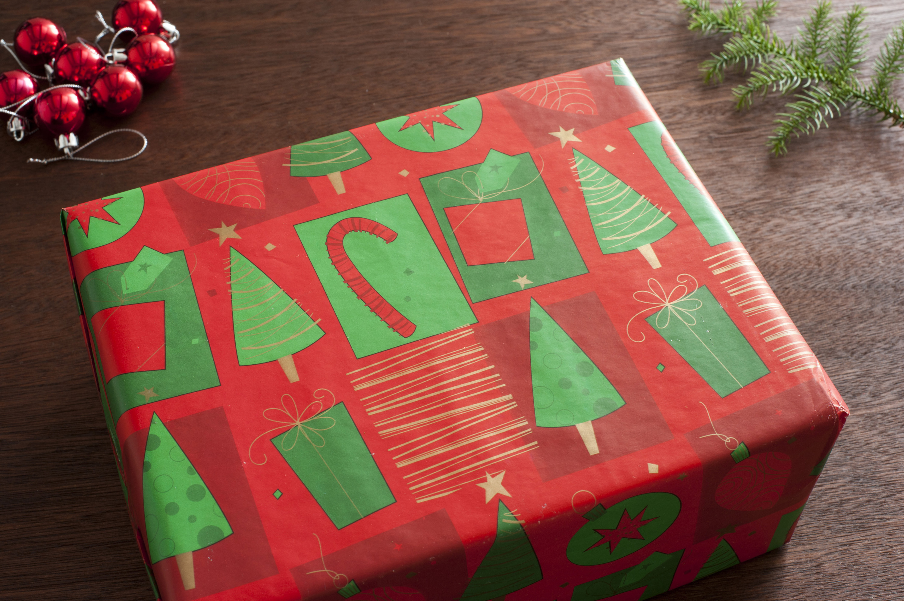 Christmas Paper Wrap
