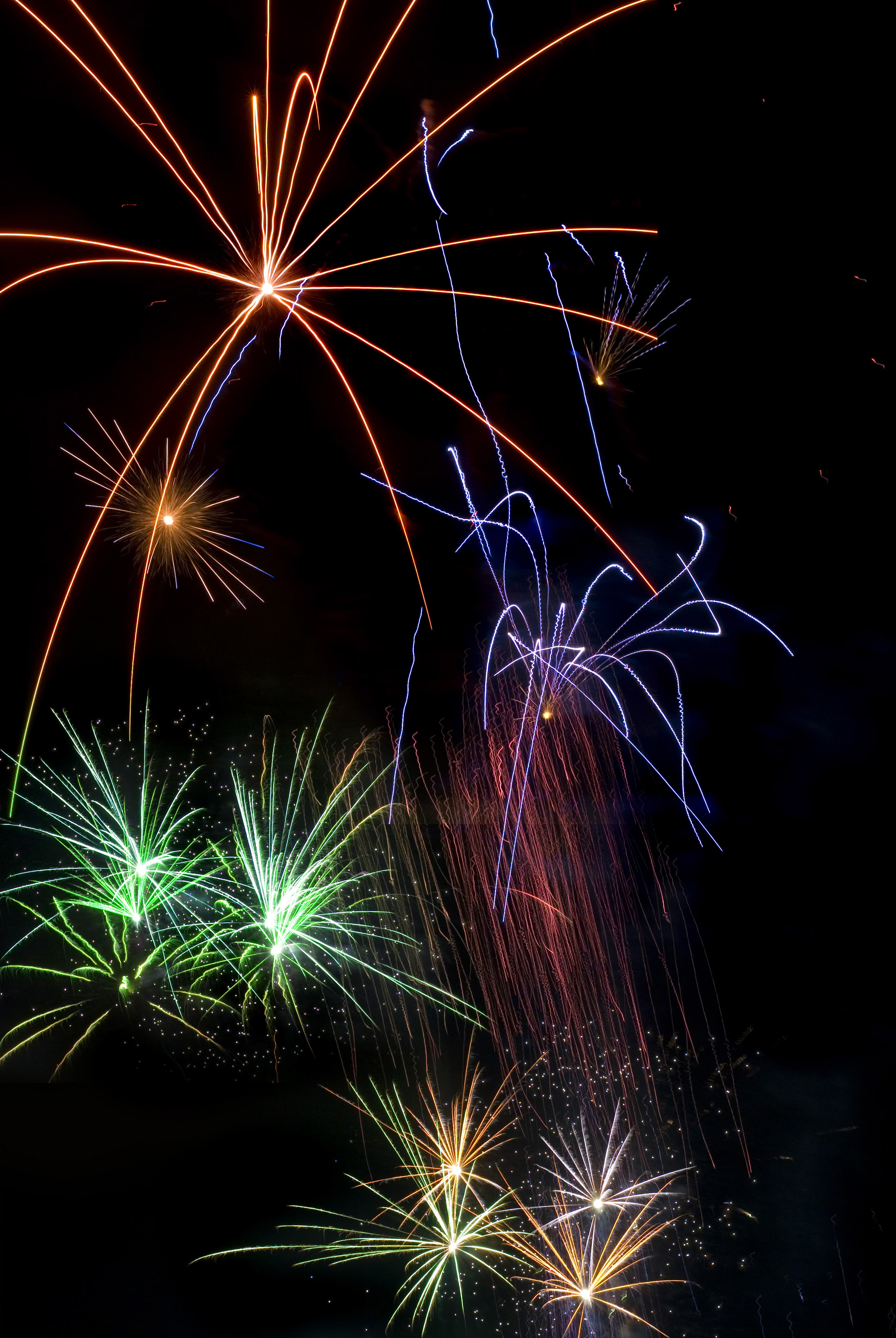 photo of firework trails free christmas images